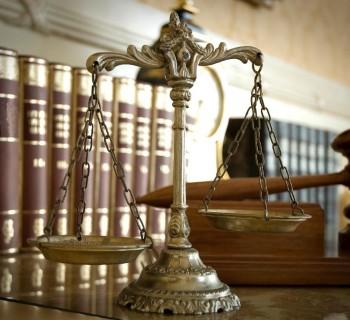 Αποδεικτικά μέσα που αποκτήθηκαν με αξιόποινες πράξεις : Νομιμότητα vs Σκοπιμότητα