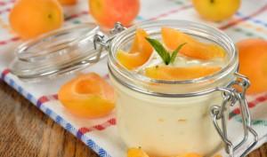 apricot-yogurt-parfaits-647x382